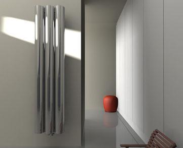 photo radiateur eau chaude petite largeur. Black Bedroom Furniture Sets. Home Design Ideas