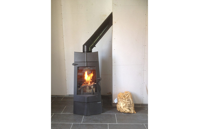 avis poele a bois invicta chamane. Black Bedroom Furniture Sets. Home Design Ideas