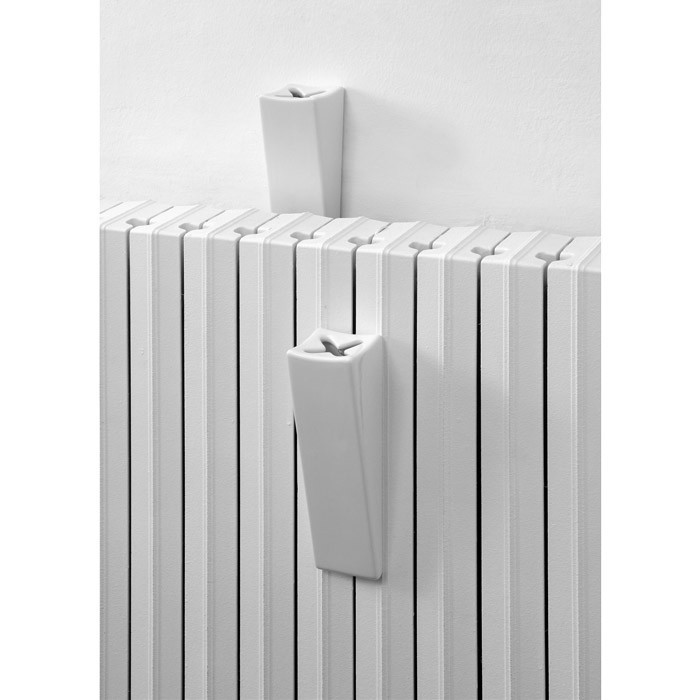 photo radiateur fonte humidificateur. Black Bedroom Furniture Sets. Home Design Ideas