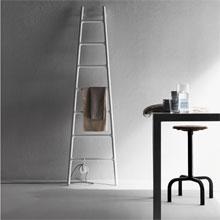 mod le seche serviette electrique a poser au sol. Black Bedroom Furniture Sets. Home Design Ideas