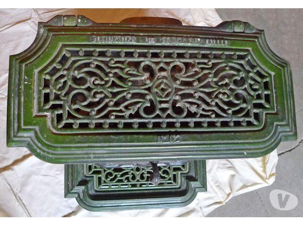 Photo poele en fonte sougland for Deco de mure poele a bois nimes