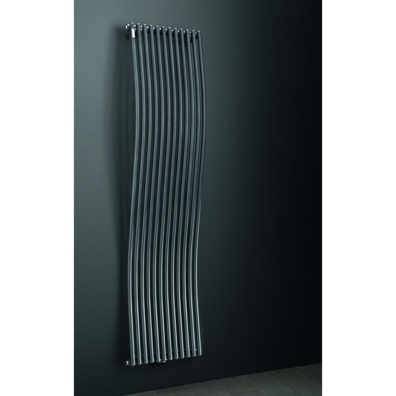 photo radiateur design eau chaude vertical. Black Bedroom Furniture Sets. Home Design Ideas